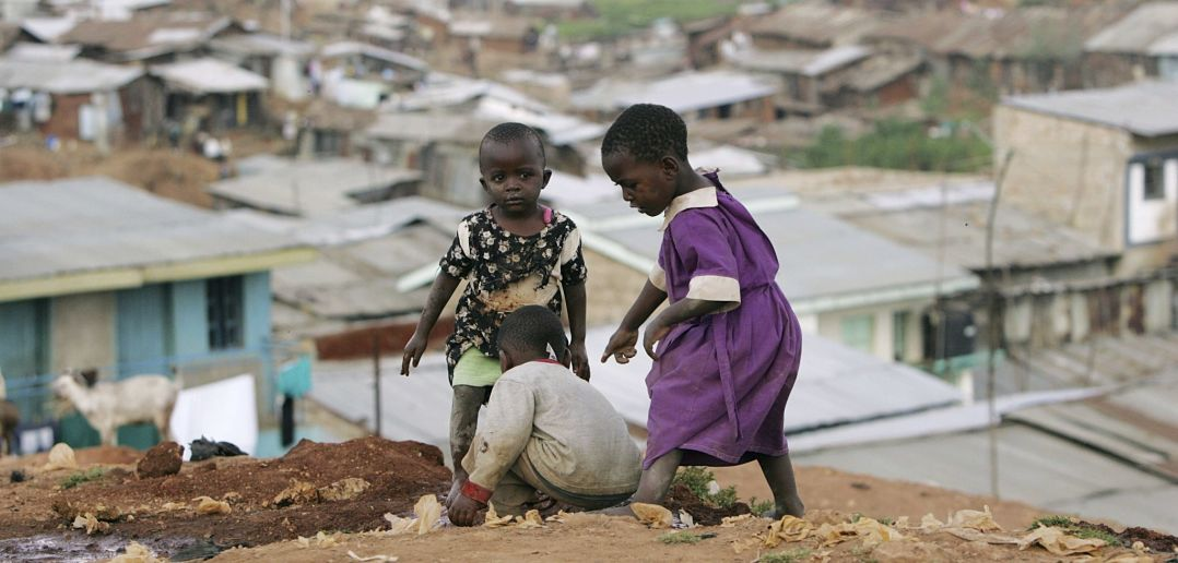 the effects of child poverty on The effects of poverty on society are detrimental its influence on the economy, child development, health, and violence produce destabilizing and dangerous.