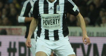 5 Soccer Players Against Poverty - BORGEN