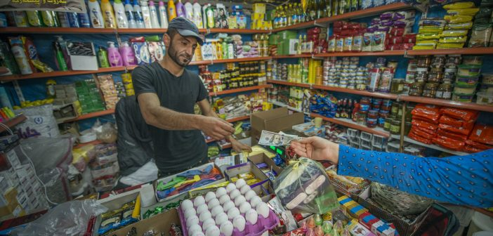 Help for Syrian Refugees with the WFP's Food E-Card Programs