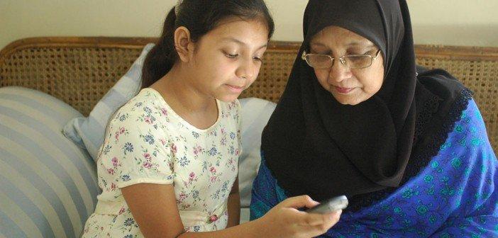 Cell Phones Control Malaria in Rural Bangladesh