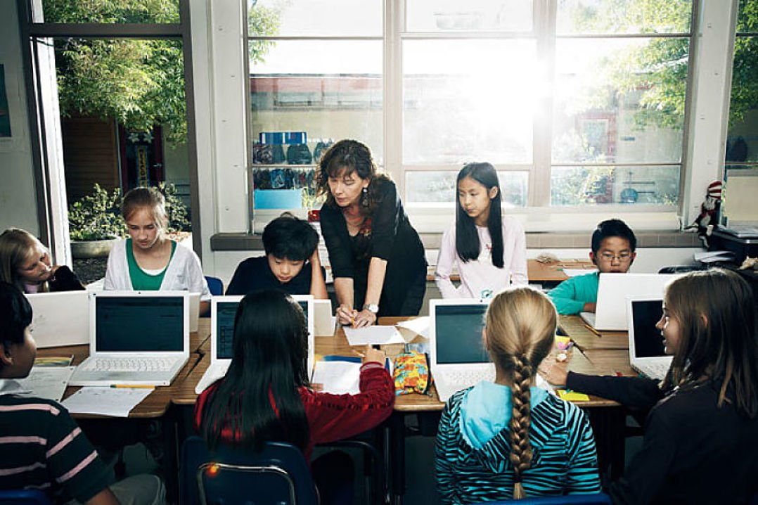 How Khan Academy is Changing the World - BORGEN
