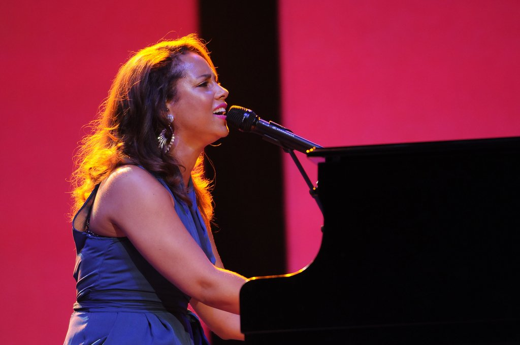 Alicia Keys And Keep A Child Alive Work To End Childhood Aids