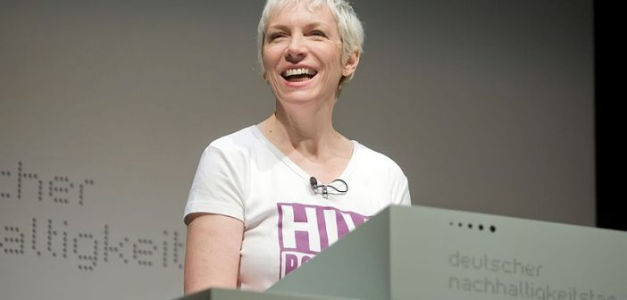 10 Facts About Annie Lennox
