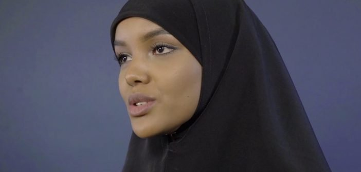 Ways Supermodel Halima Aden Helps Refugee Children