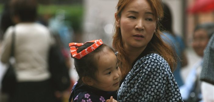 A nonprofit refurnishes houses for Japan's single mothers